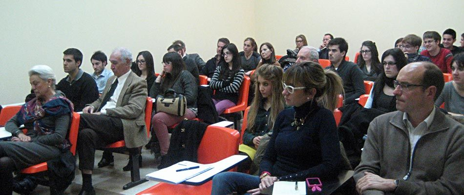 Asistentes charla Cátedra Empresa Familiar curso 2012-2013