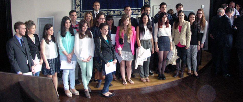 Alumnos Cátedra Empresa Familiar 2013-2014